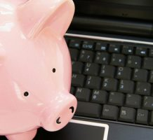 Online checking accounts offer benefits